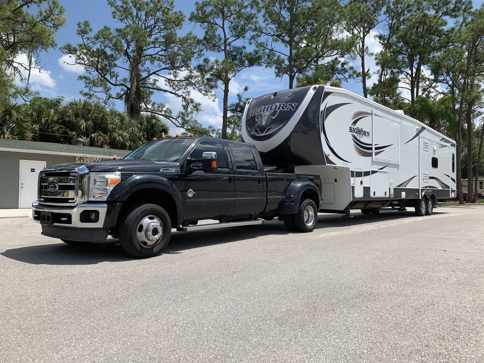 F450 Super Duty pulling a 2015 Heartland Bighorn 3875FB