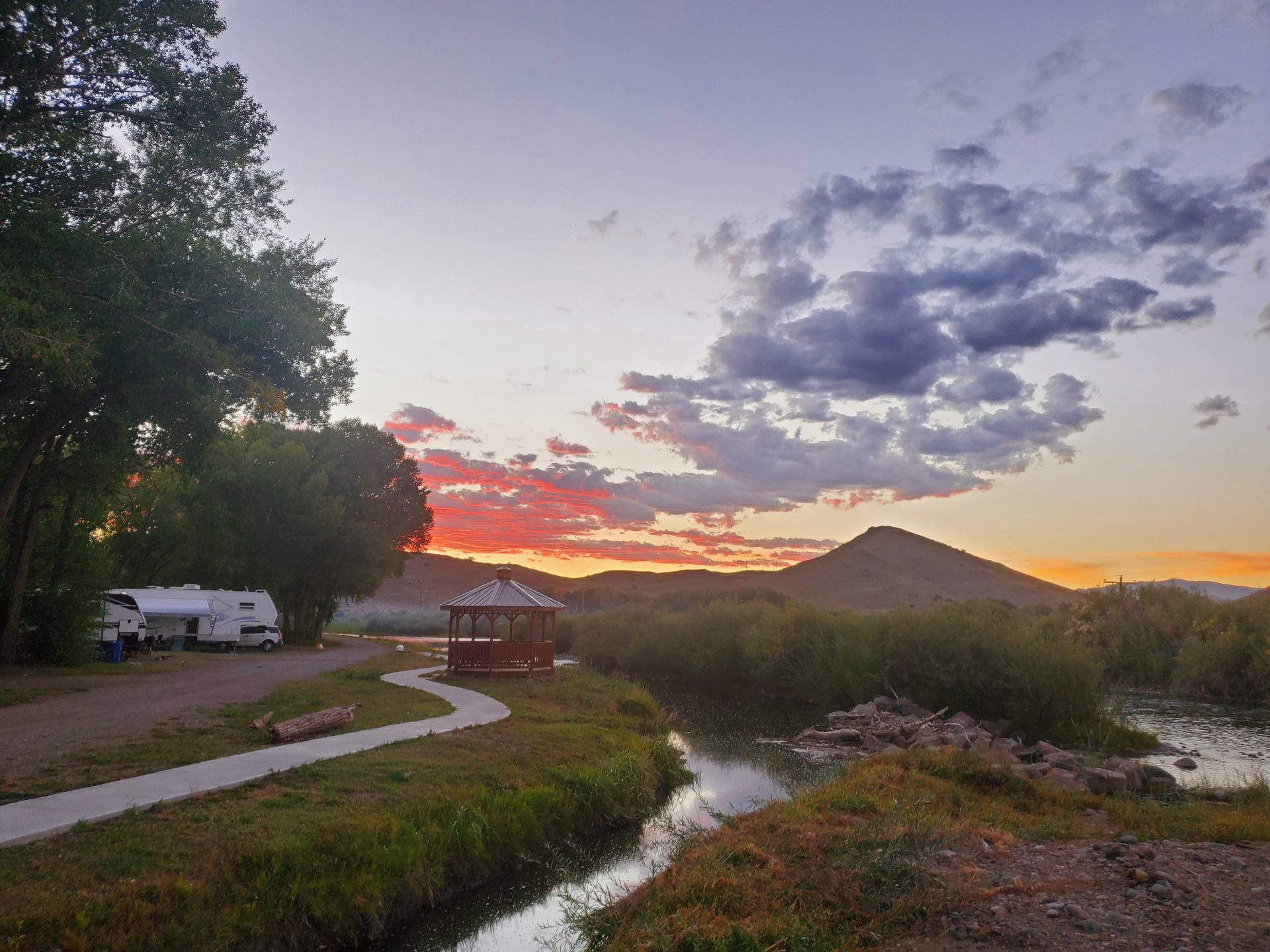 Riverfront camping at Woods & River RV Park in Del Norte, CO